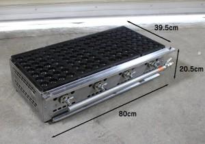 【28穴×4連112穴のたこ焼き機】穴の直径は38ミリ深さ25ミリ、縁高3ミリです。